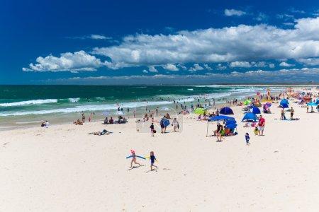 Hot sunny day at Kings Beach Calundra
