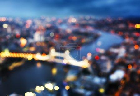 Photo pour Bokeh de vue aérienne de London avec le Tower Bridge, Royaume-Uni - image libre de droit