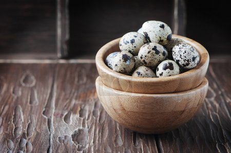 Uncooked quail eggs