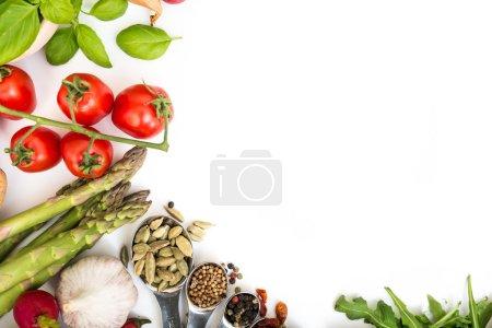 Photo pour Légumes sur fond blanc - image libre de droit