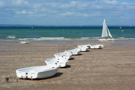 Sail training boats