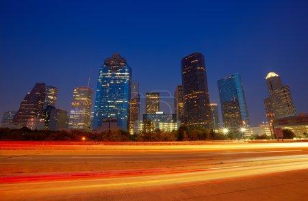Photo pour Horizon de centre-ville de Houston au crépuscule de coucher du soleil dans Le Texas Us Usa - image libre de droit