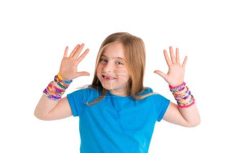 Loom rubber bands bracelets blond kid girl
