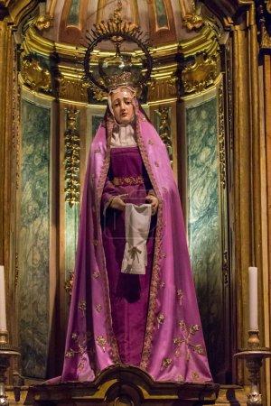 statue de la Vierge Marie dans le monastère des Hiéronymites