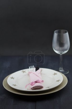 Tableware with glass