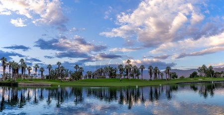 Parcours de golf sunrise, Palm Desert en Californie