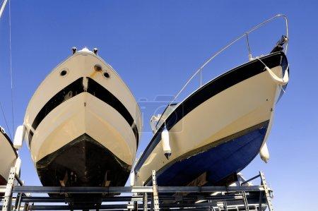 Photo pour Société de gardiennage et stockage de bateaux sauf saison pour le plaisir - image libre de droit