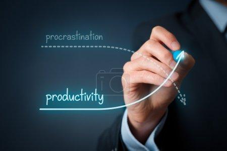 Foto de Concurso de postergación vs. productividad. Mejore su productividad y contenga la dilación - Imagen libre de derechos