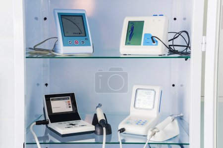 Endodontic equipment for the root canal shaping