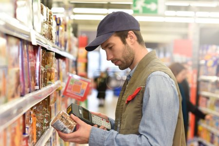 Sales assistant scanning products