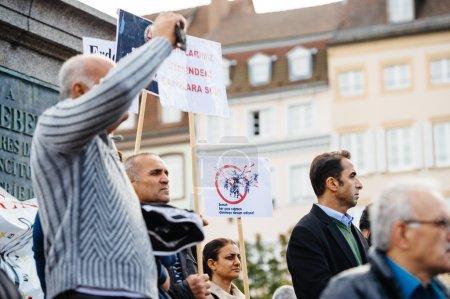 Demonstrators protesting against Turkish President Erdogan polic