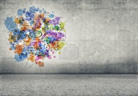 Foto de Imagen de fondo con bocetos de negocios en la pared de cemento - Imagen libre de derechos