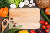 "Постер, картина, фотообои ""овощи и специи на кухонном столе"""