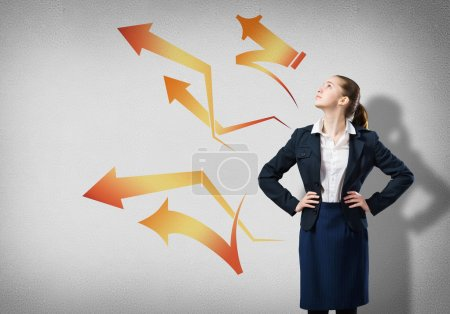 businesswoman with arrow thoughts