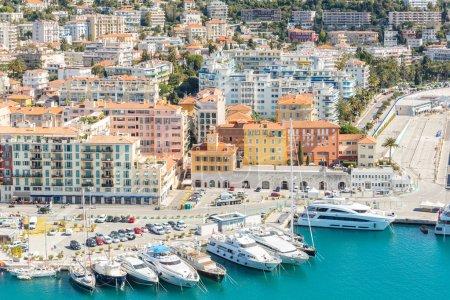 Photo pour France, Nice Côte d'Azur avec plage méditerranéenne - image libre de droit