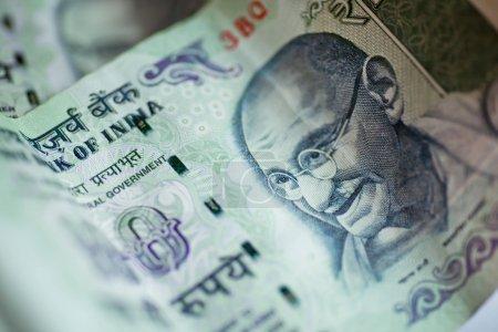 Банкноты сто рупий