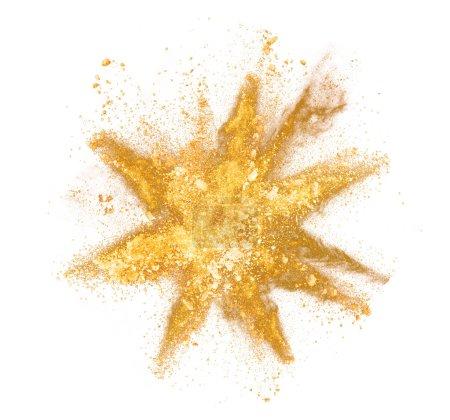 Photo pour Explosion de poudre jaune, isolée sur fond blanc - image libre de droit