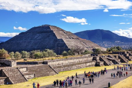 Avenue of Dead, Temple of Sun Teotihuacan Mexico