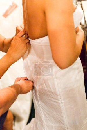 habiller la mariée