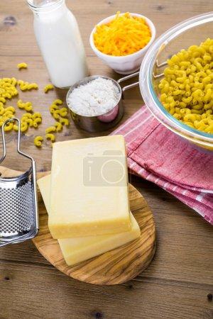 Preparing macaroni and cheese