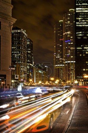 Photo pour Trafic chicqgo occupé au centre-ville - image libre de droit