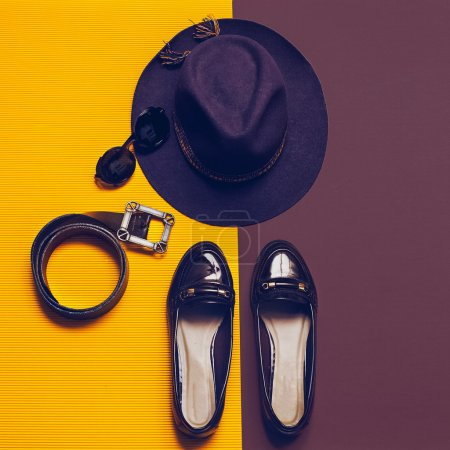 Vintage set. Fashion Accessories autumn season. Hat, shoes, sung