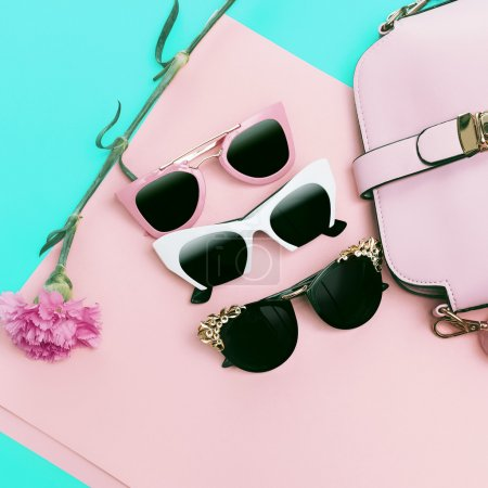 Set Ladies Sunglasses. Choose your style. Trends of the season