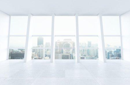 Photo pour Fenêtre intérieure et grande ensoleillée à ville - image libre de droit