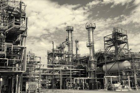 rafinerii ropy naftowej i gazu w vintage przetwarzania