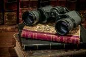 Dalekohledy a staré knihy