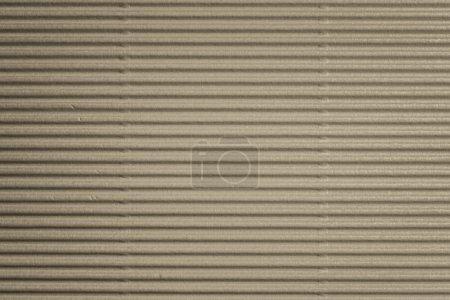 Embossed cardboard with horizontal pattern
