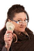 žena držení hotovosti