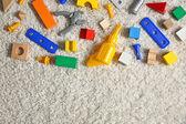 Sada barevných dětských hraček