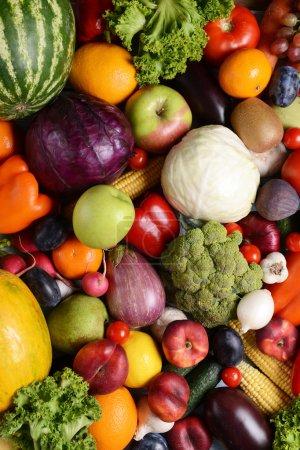 Foto de Orgánicas frescas frutas y verduras primer plano - Imagen libre de derechos