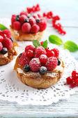 Sladké koláče s ovocem