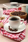 čerstvé ranní káva