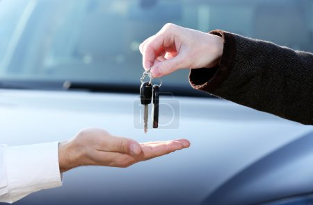Man buying car