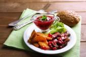 Rindfleisch mit Cranberry-sauce