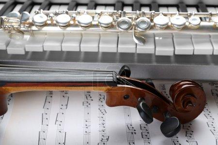 Photo pour Instruments de musique close up - image libre de droit