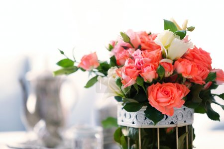 Beautiful roses in vase