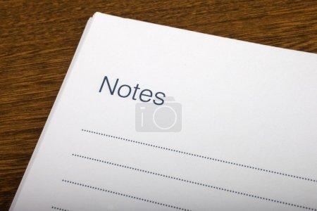 Foto de Una página en blanco de notas en un cuaderno. - Imagen libre de derechos