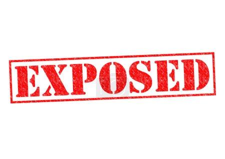 Photo pour Exposés encreur rouge sur fond blanc. - image libre de droit