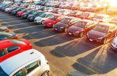 Prodejce nových vozů Stock