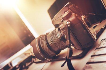 Digital Photography Workstation. Modern Digital DS...