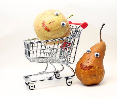 Pear pushes the shopping cart with an apple with eyes