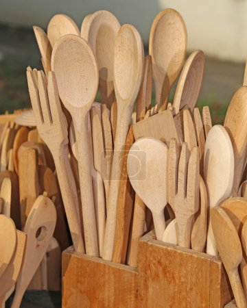 wooden cutlery spoons and forks