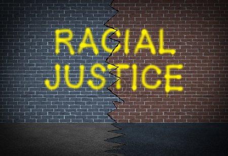 Photo pour La justice raciale et la lutte contre la discrimination concept et race relations question sociale symbole comme graffitti écrit sur un mur de briques tonique deux sous forme d'icône de travailler ensemble pour les droits civiques et de la coopération entre les différents groupes ethniques de la communauté. - image libre de droit