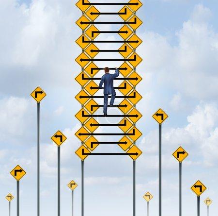 Photo pour Concept d'échelle de réussite et symbole d'ascension de carrière en tant qu'homme d'affaires grimpant un groupe de lignes de flèche à partir de panneaux de signalisation . - image libre de droit