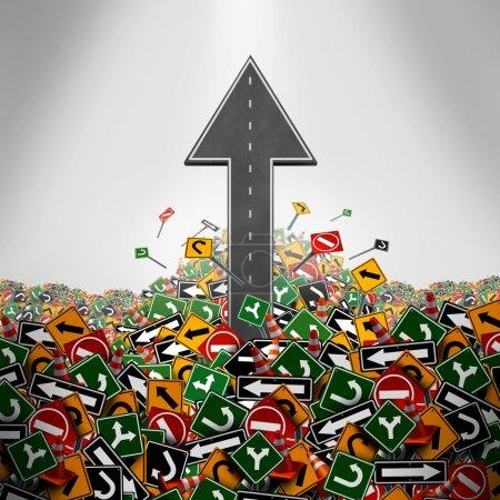 Foto de Concepto de libertad de dirección como un camino en forma de una flecha hacia arriba rompiendo a través de un grupo de señales de tráfico como un símbolo de la empresa para tener una clara estrategia y plan o escapar icono de burocracia. - Imagen libre de derechos