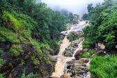 Vodopád v rocky hill Srí Lanka